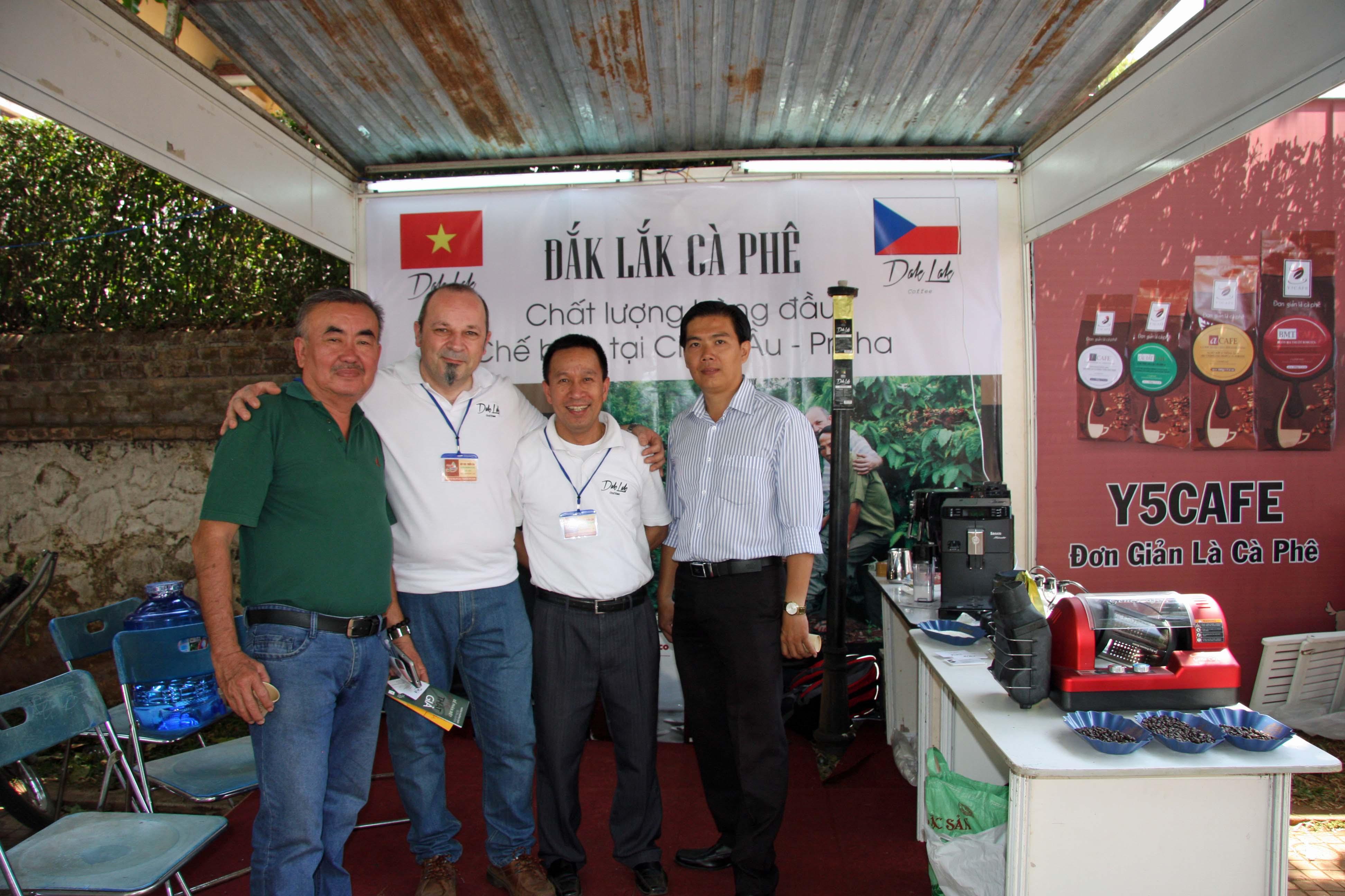 reprezentace naši pražírny ve Vietnamu