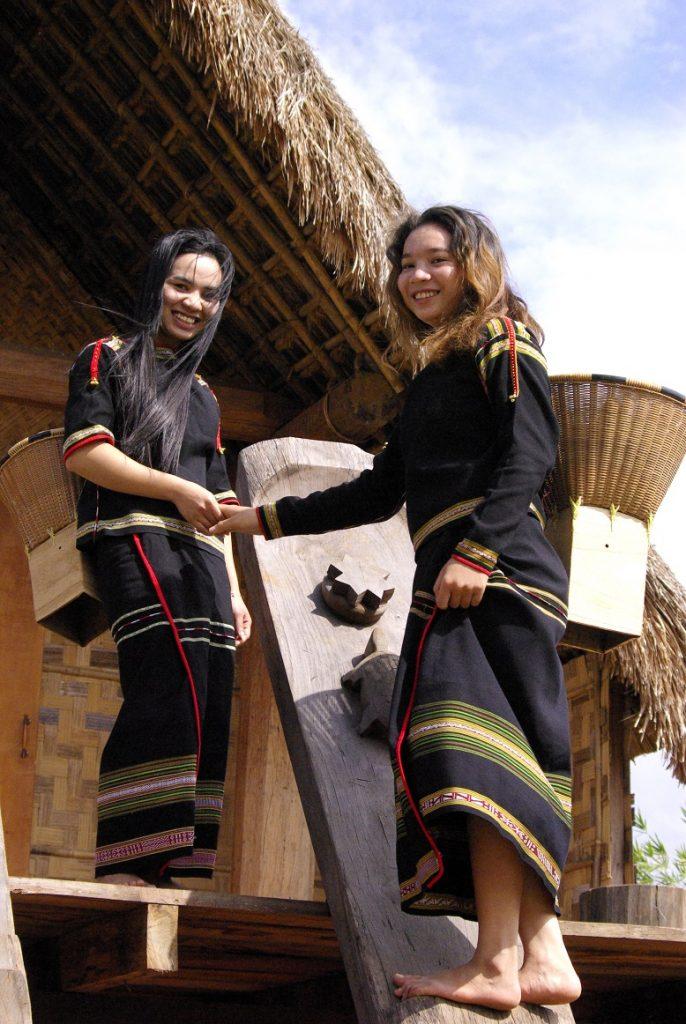 Ženy etnické skupiny Ede