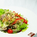 tradiční vietnamská kuchyně v Praze 2 - saláty