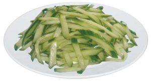 B56. Okurkový salát